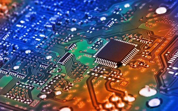 6年半以后,清华紫光在集成电路行业炙手可热,成为中国芯片企业领
