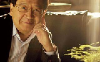 徐小平谈三代网红:俞敏洪贴小广告,陈欧上地铁站,papi 酱是新媒体的缩影