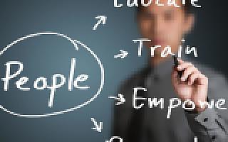 主打免费模式,i人事希望帮助中小企业建设人性化管理平台
