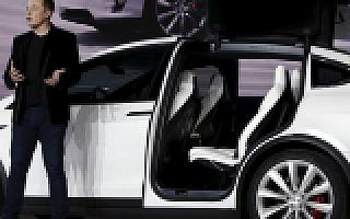 马斯克发布特斯拉未来蓝图,让更安全的无人驾驶汽车代替车主赚钱