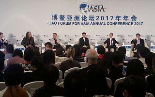 """王小川、张亚勤谈AI创业:泡沫的存在是""""值当的"""",它有可能成为行业催化剂"""