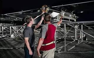除了卫星,SolAero的太阳能电池还用在了美海军无人机上