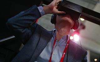 Facebook将在明年推低价版无线VR头盔 还有小米定制版