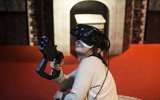 微软与Valve联手 将推出300美元级VR头盔