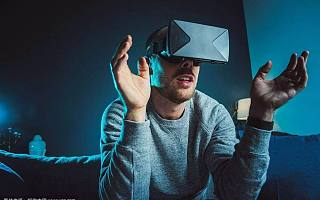 如果有一天,你可以用 VR 找工作......