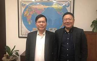 暾澜投资董事长姚勇杰受到杭州市徐立毅市长的亲切接见!