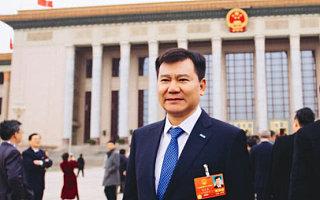 张近东:希望出台对电商销售贫困地区特色产品的鼓励政策