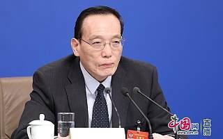 刘世锦:稳定民营企业预期需要平等发展和法治环境稳定