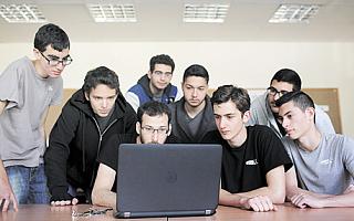 [全球快讯]科技人才太贵,以色列创企把目光转向高中