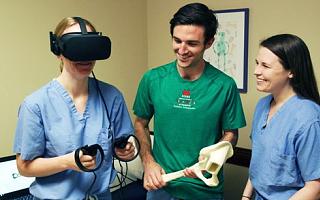 UCLA外科訓練研究表明:VR比傳統訓練分數高出130%