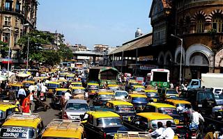 【印度汽车销量暴跌41%!33万人掉业】