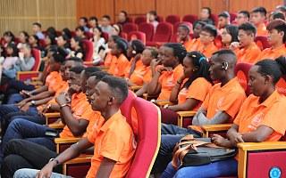 卢旺达学霸杭州学习跨境电商 还没入学就被企业预订