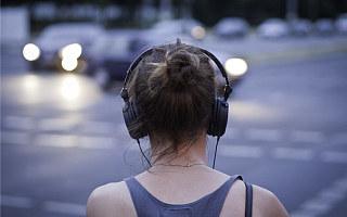 周杰伦新歌背后:数字音乐付费人群 5 年翻 16 倍