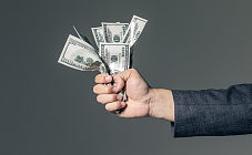 学术研究显示:移动支付让人们花钱更多 花一万和花一千感受无差别