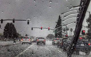 特斯拉为自动雨刮创造了一个新的<font>神经网络</font>「Deep Rain」