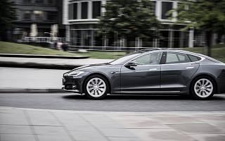 特斯拉 Q3 营收、净利润均下滑,Model 3 已开始在上海试生产