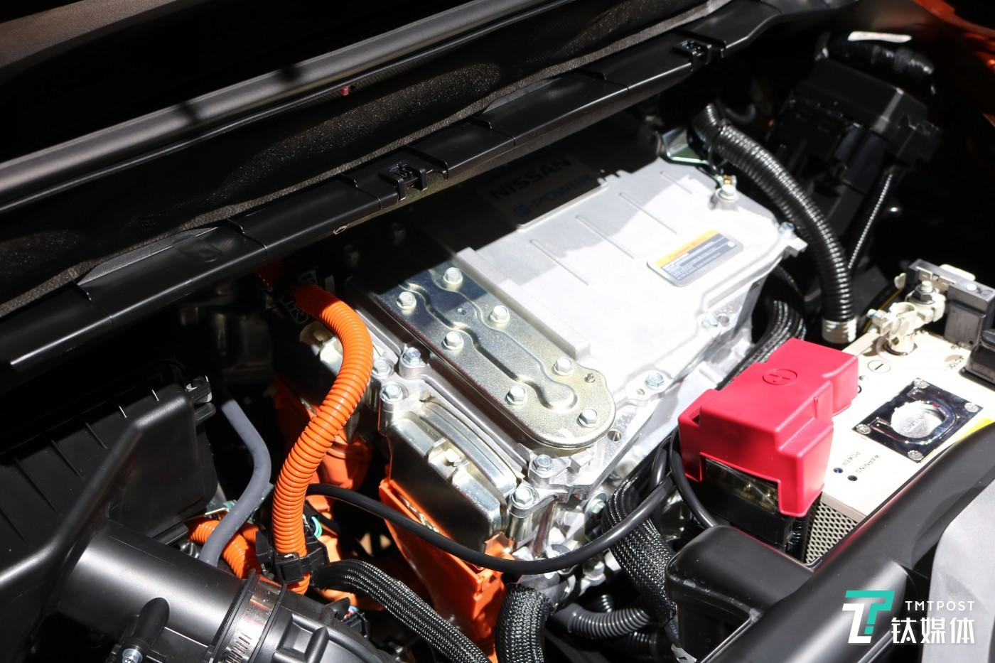 e-POWER智充电动发动机