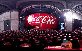 社交媒体平台正在采用VR/AR技术提高广告效果