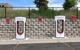 特斯拉免费超级充电服务将结束 品牌投入能否换来对应的产出