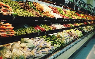 断供焦虑抢购潮后,是新加坡生鲜杂货配送的机遇