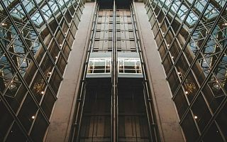 通用电梯首发过会 应收账款高企 增长乏力毛利率逐年下滑