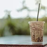 饮品快消战场永不眠:新老碰撞 依靠营销的新式饮品能走多远?