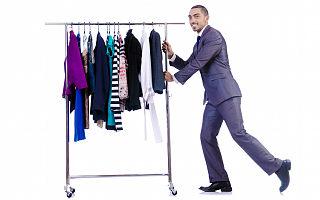 天眼查专业版数据显示我国今年二季度新增服装相关企业超过118万家,同比增长13.36%