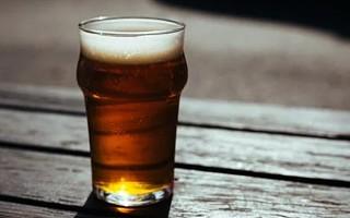 重庆啤酒主流啤酒营收减少 拖累上半年总营收下降4.45%