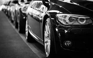 中报故事:营收、净利普遍下滑20%以上,车企2020年不容易