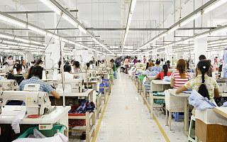 距离剩者为王,服饰企业还要跨过很多道坎?