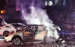 威马EX5车主注意了 动力电池隐患已致一月四连烧