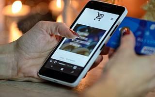 """越南电商也爱""""双十一"""":平台销量增30倍,直播带货成新趋势"""