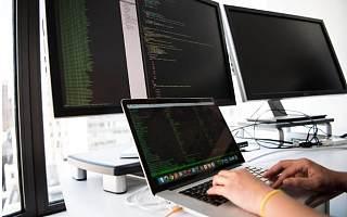 长威科技增速放缓面临坏账风险 市场覆盖集中遭监管问询