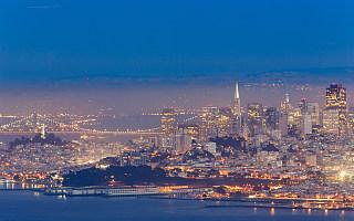 一半是火焰 一半是海水:硅谷面临「出逃危机」