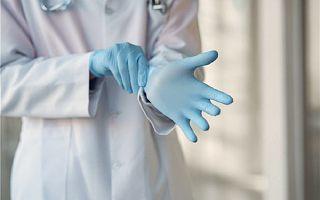 疫情中,因接触新冠肺炎患者被感染的医生怎样了?