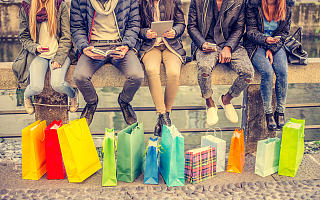 """2020年被资本""""疯抢""""的消费品牌,都有什么特点?"""