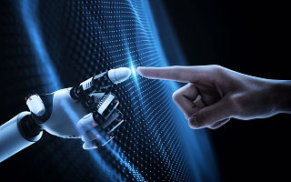 阿里达摩院院长张建锋:力争实现芯片、量子计算等重大突破