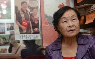 """两位80岁老人用最传统的""""相亲""""方式,促成了5200人相恋"""