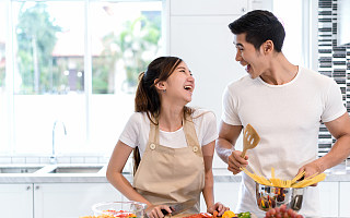 """当厨房成为中国人的""""新家庭中心"""""""