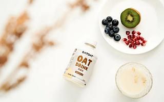 植物基蛋白饮品牌「oatoat」完成数千万元人民币 A 轮融资