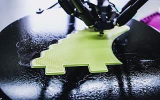 累计销售220万台3D打印设备,创想三维的to C格局有多大?