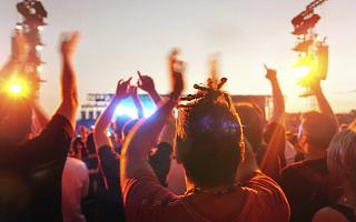 """躁动狂欢荷尔蒙音乐节,能否成为城市文旅""""新名片""""?"""