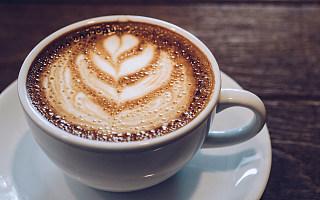 年轻人买中古、喝酒的地方,换成了精品咖啡馆?