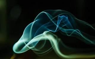 监管政策突变 电子烟企业鏖战线下店 高速扩张或存两大隐患