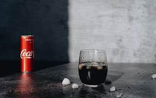 """""""肥宅快乐水""""可口可乐家族扩容 在中国推出含酒饮料"""