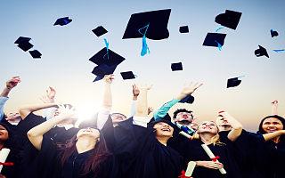 1071万高考生成后高考经济市场消费主力,哪些行业有望受益?