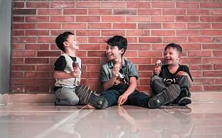 """三胎政策来了!多孩家庭幸福吗?雷军、马云、马化腾、张一鸣等IT大佬""""有话说"""""""