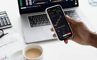 犀牛财经看市:美股收盘涨跌互现 两市回调创业板指跌1.2%