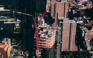 福晟国际2020年财报延迟已停牌3个月 预亏16亿元出售资产还债