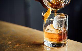 东鹏饮料上半年业绩增五成 高度依赖单品问题犹存
